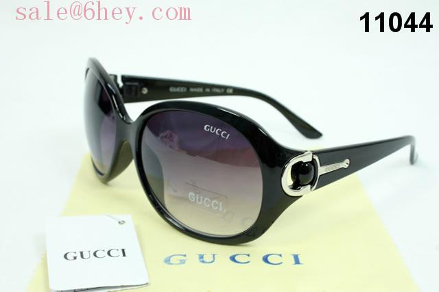 gucci g timeless stainless steel watch