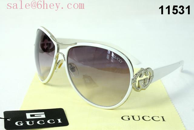 gucci guilty green