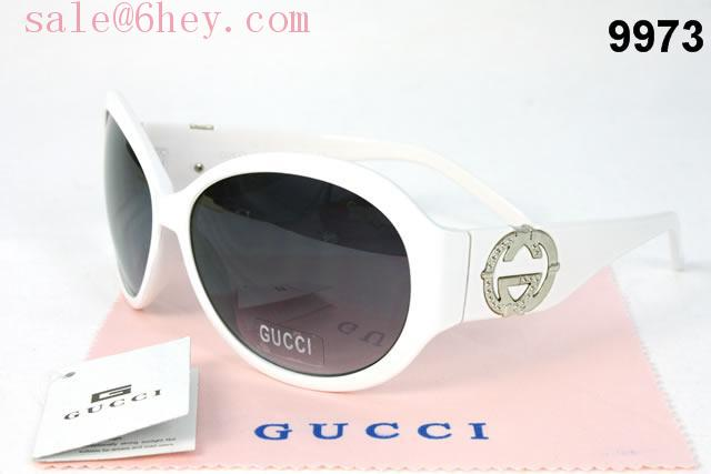 gucci timeless collection