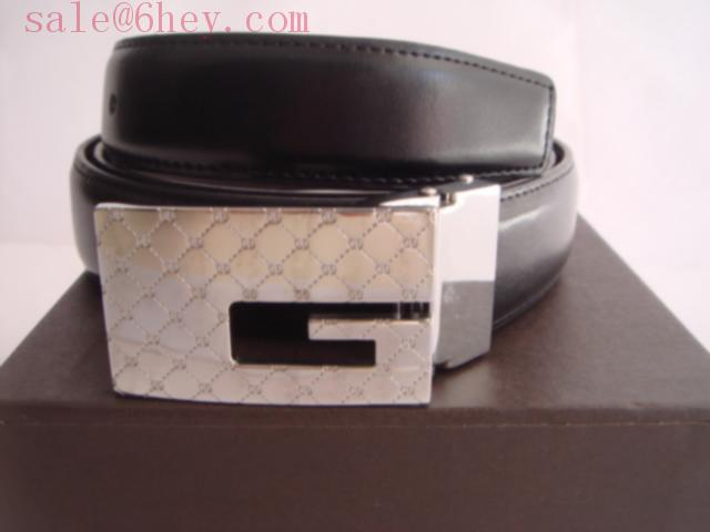 black gucci belt with red stripe